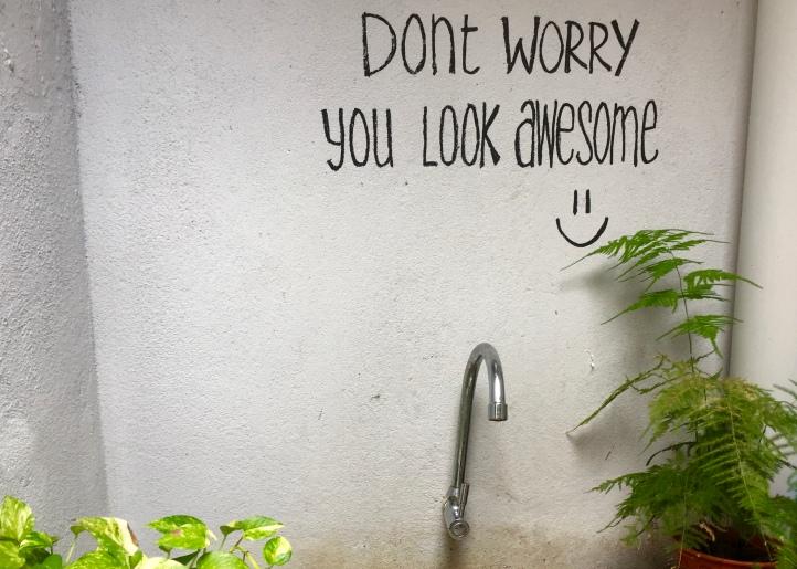 No bathroom mirror, no problem