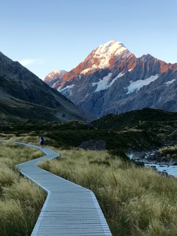Hooker Valley Track at sunset